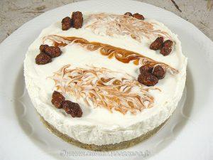 Cheesecake crémeux à l'églantine (sans cuisson) presentation