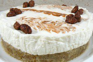 Cheesecake crémeux à l'églantine (sans cuisson) slider