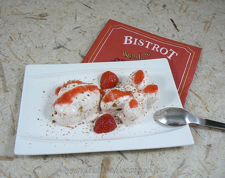 Semifreddo aux fraises et spéculoos fin2