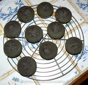Cupcakes à la réglisse – Noir et blanc etape7