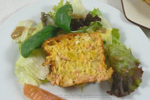 Cake au saumon fumé, courge et chèvre slider