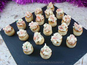 Mini Vol au vent au saumon, ciboulette et mayonnaise fin2