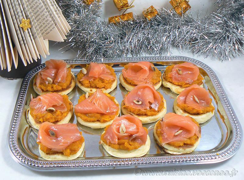 Crème de butternut, saumon sur blinis maison presentation