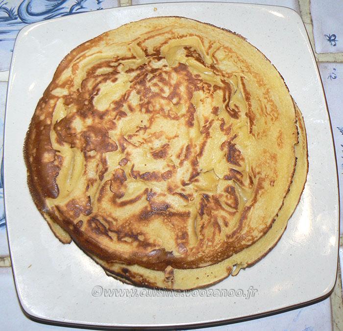 Farz Pitilig aux pommes caramélisées et chantilly fin