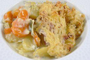 Gratin de pommes de terre, carottes, poireaux et Fourme d'Ambert