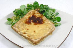 Tartines au camembert et caramel de cidre