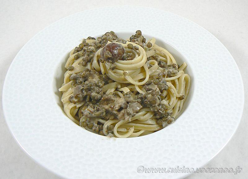 Linguines aux lentilles, champignons des bois et crème presentation