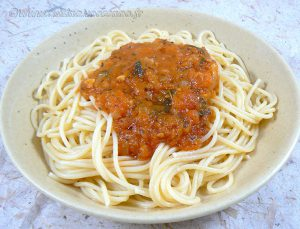 Spaghettis, sauce tomates fraiches provençale fin