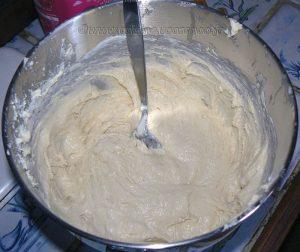 Beignets au fromage blanc et à la crème etape1