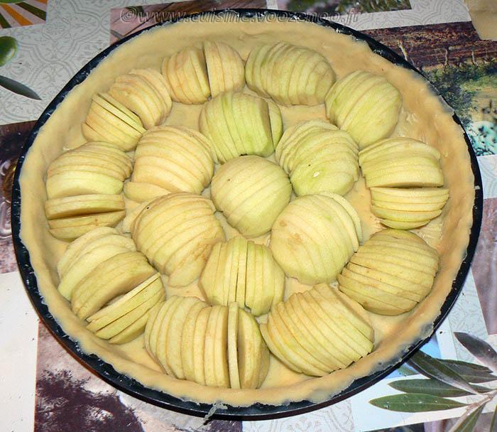 Tarte aux pommes, crème de nougat et raisins secs etape5