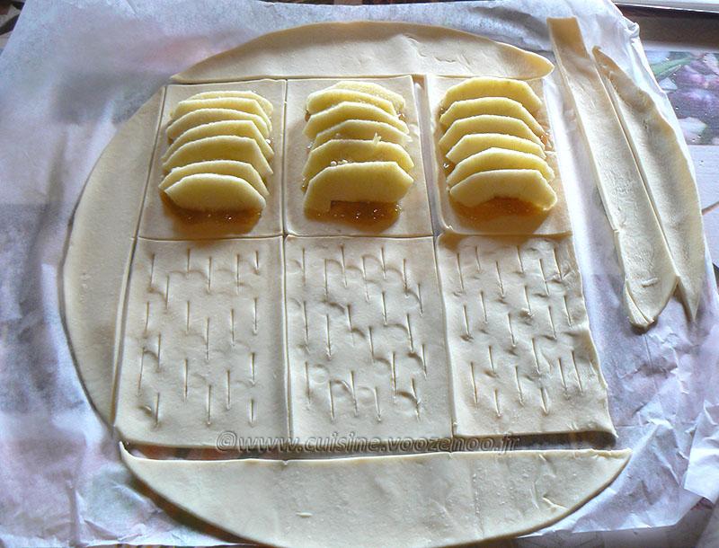 Chaussons aux pommes et confiture de rhubarbe etape1