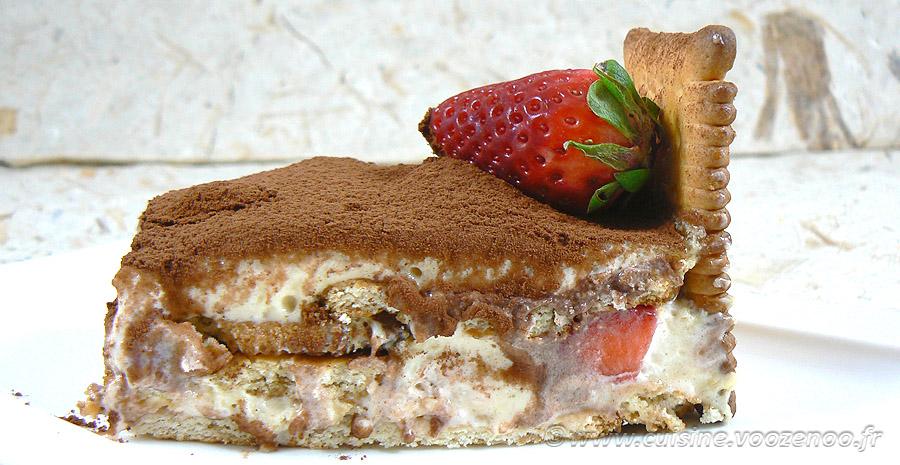 Tiramisu aux fraises et biscuits Petit Beurre slider