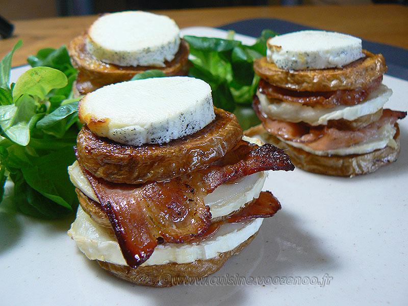 Millefeuille de pommes de terre au lard, bacon et chèvre presentation