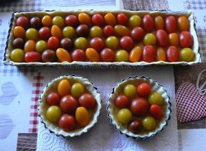 Tarte aux tomates cerise et crumble gourmand etape2