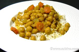 Curry de pois chiches au lait de coco slider