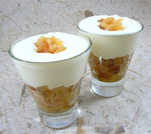 Pommes façon tatin et crème de mascarpone presentation