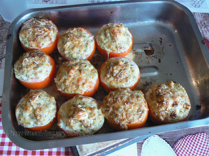 Tomates farcies au thon, blé et feta fin2