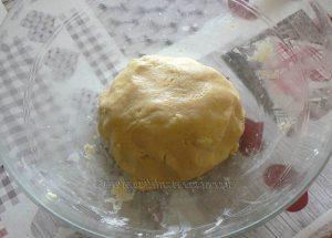 Tarte panna cotta citron, compotée de fraises etape3
