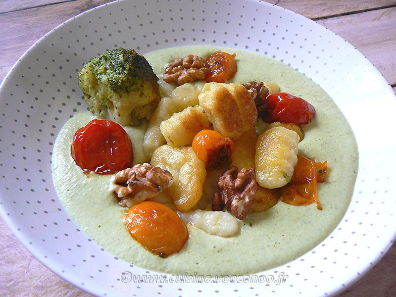Gnocchi deux cuissons, crème brocoli au parmesan fin