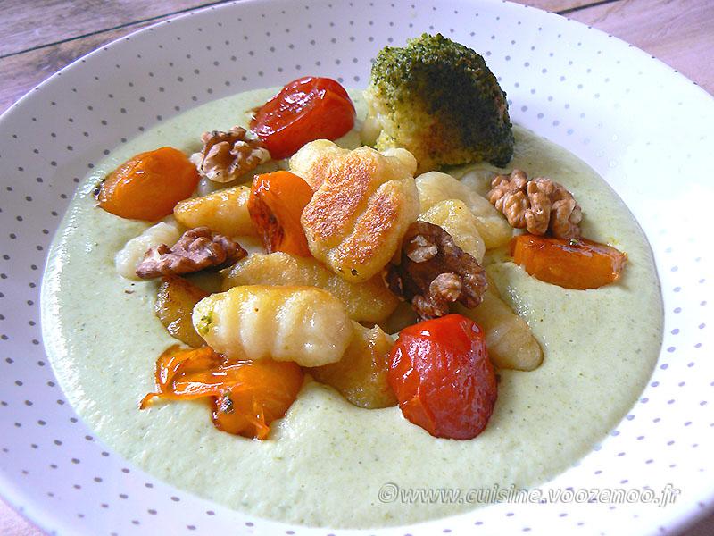 Gnocchi deux cuissons, crème brocoli au parmesan presentation
