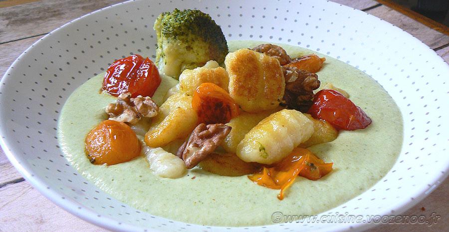 Gnocchi deux cuissons, crème brocoli au parmesan slider