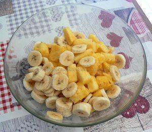 Papillote d'ananas et banane au sirop de vanille etape1