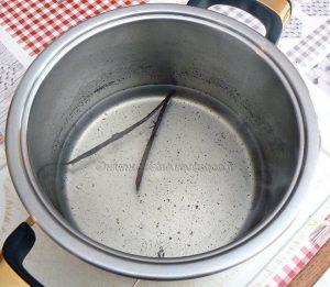 Papillote d'ananas et banane au sirop de vanille etape2