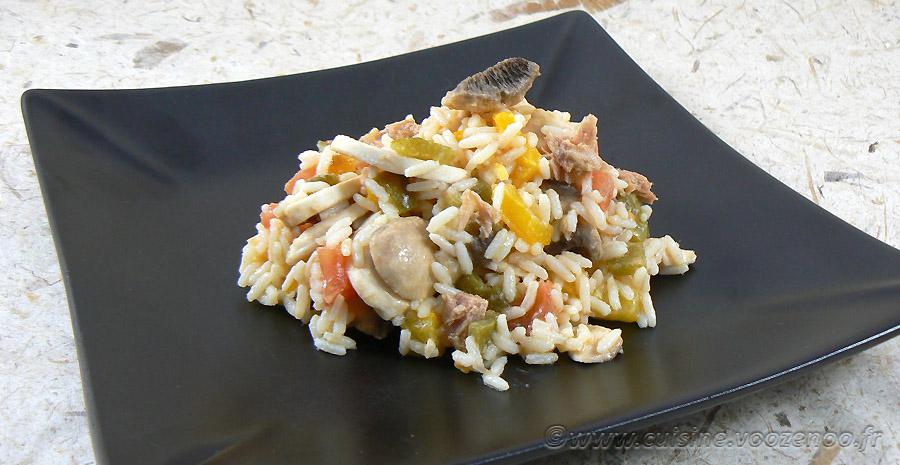 Salade de riz au thon, champignons et poivrons slider