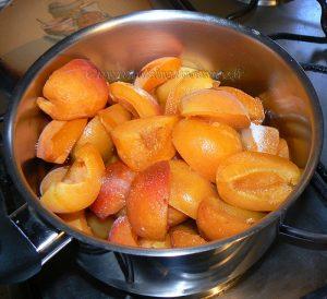 Tiramisu aux abricots et biscuits de Reims etape1