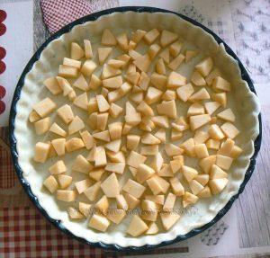 Tarte aux pommes au lait concentré non sucré etape1