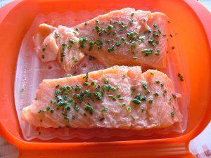 Rillettes de saumon frais et ses baies roses etape1