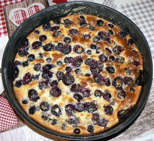 Gâteau aux pommes, myrtille et vanille fin