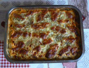 Gratin de pommes de terre aux épinards, coulis de tomates à la viande hachée fin