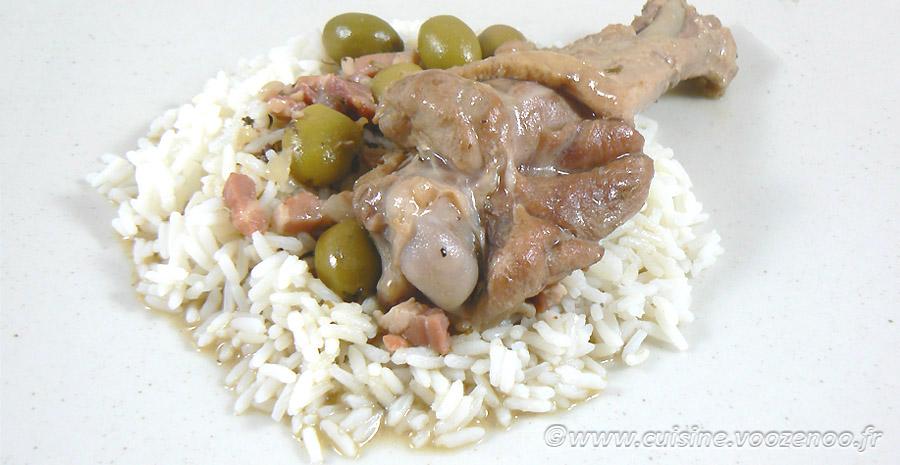 Manchons de canard aux olives vertes et lardons slider
