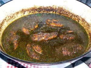 Blancs de poulet à la mélasse de grenade, noix et riz persan fin2