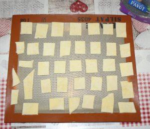 Mini-feuilletés aux graines de pavot etape3