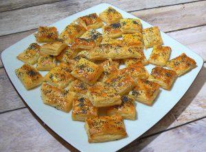 Mini-feuilletés aux graines de pavot fin