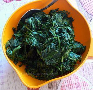 Shoko, sauce d'épinards à la viande - Ghana etape2