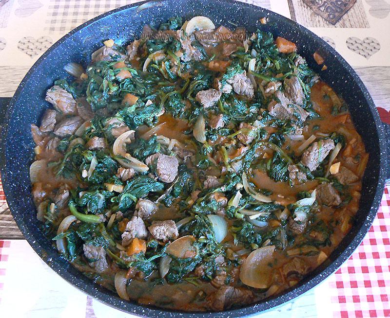 Shoko, sauce d'épinards à la viande – Ghana fin