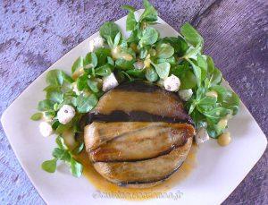 Charlotte aux aubergines, tomates et ricotta presentation