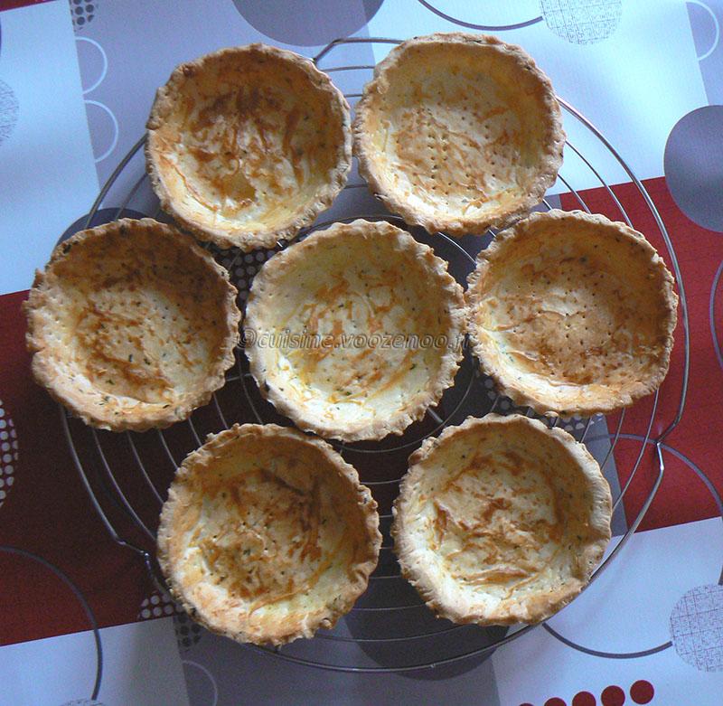 Tartelettes aux radis roses et fromage frais aux herbes etape5